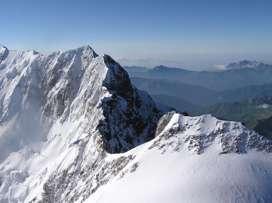 Гора Шхара
